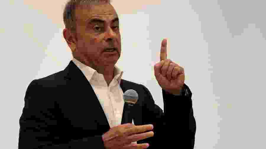 Ex-CEO da Nissan, Carlos Ghosn, palestra em um evento sobre educação no Líbano - ANWAR AMRO/AFP