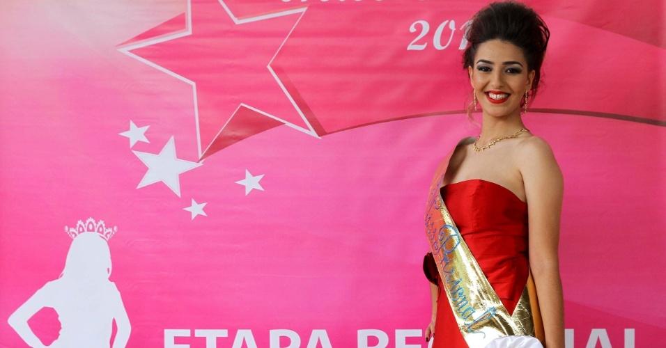 Rayana Karolina Damasceno, 25, 1,66 m, 54 kg, natural de Contagem (MG), representa a região metropolitana de Belo Horizonte