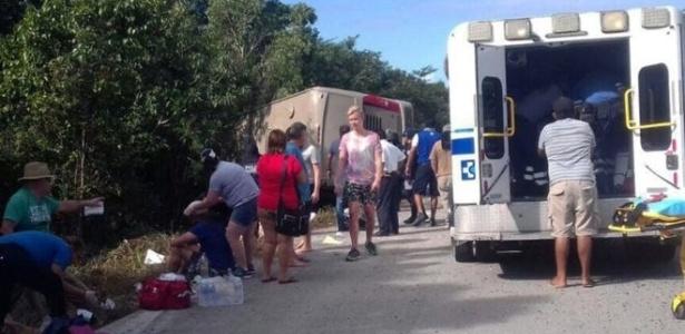 Resultado de imagem para Acidente com ônibus no México mata 12 pessoas; há brasileiros feridos