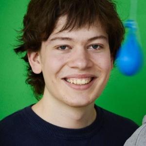 Jann Horn foi um dos principais descobridores da falha de chips da Intel - Reprodução/Bloomberg/Stiftung Jugend forscht e. V.