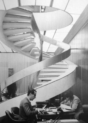 Imagem da década de 1960 mostra o interior do edifício Wilton Paes de Almeida