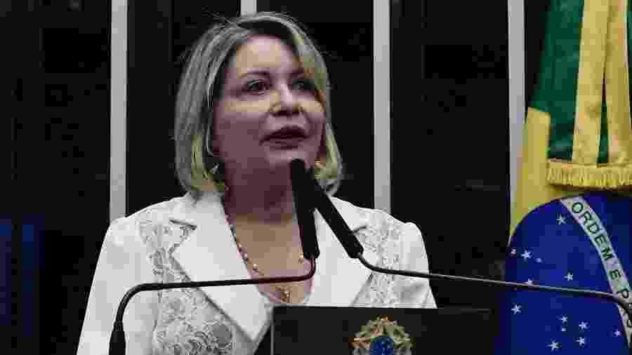 2.dez.2019 - Senadora Juíza Selma se emociona durante discurso na tribuna do Senado Federal - Waldemir Barreto/Agência Senado