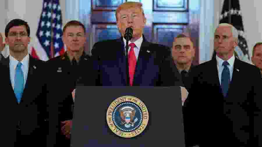 8.jan.2020 - O presidente dos EUA, Donald Trump, faz discurso na Casa Branca para falar dos ataques a bases norte-americanas no Iraque - Kevin Lamarque/Reuters