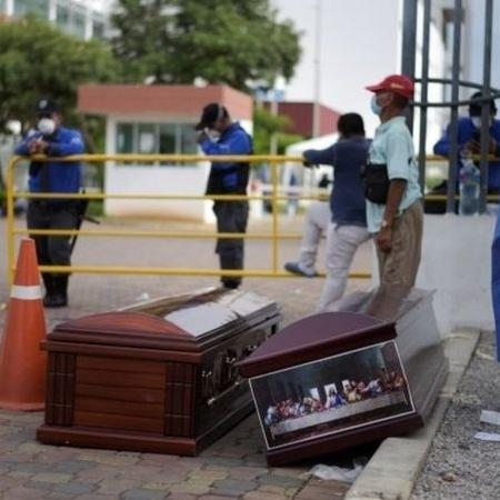 Guayaquil foi a primeira cidade da América Latina em que covid-19 causou devastação - Reuters