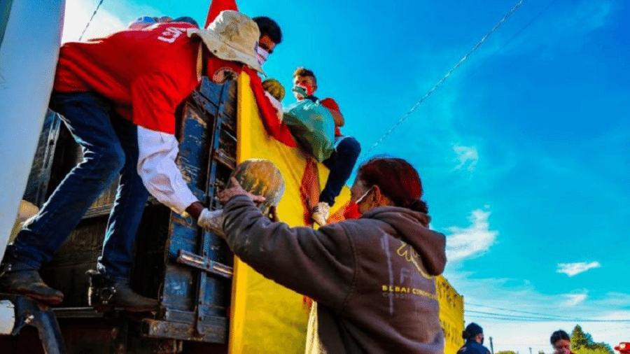 Ação de doação de alimentos promovida pelo MST durante a pandemia - Wellington Lenon/Acervo MST