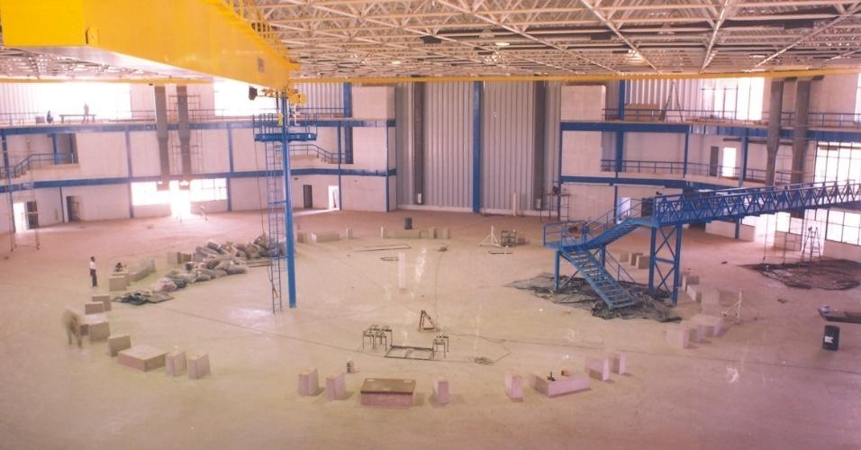 Foto de arquivo da construção do UVX, o acelerador de elétrons do LNLS (Laboratório Nacional de Luz Síncrotron). Única da América Latina, a fonte de luz síncrotron brasileira foi construída entre 1987 e 1997