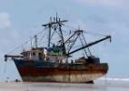 """Marinha aciona Abin e PF para investigar """"navio-fantasma"""" que encalhou no MA - Reprodução de TYV"""