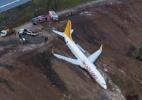 Avião derrapa e quase cai no mar na Turquia - Ihlas News Agency/Reuters