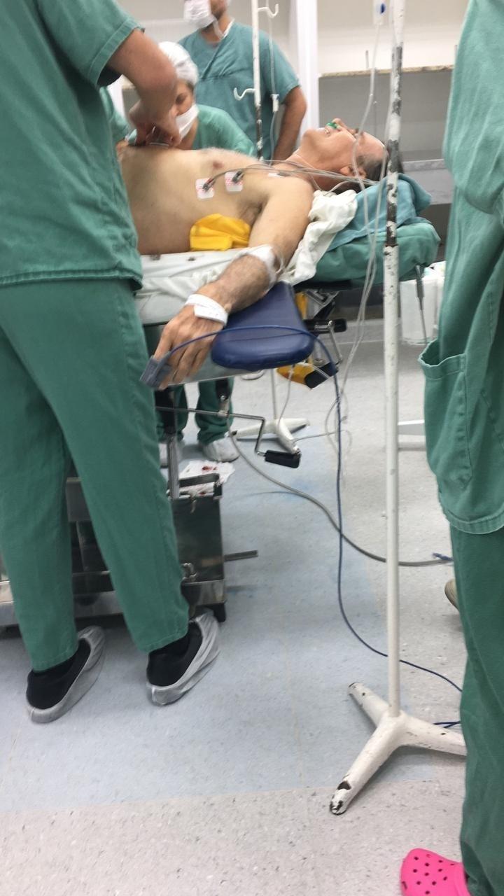 6.set.2018 - Jair Bolsonaro é esfaqueado em Juiz de Fora (MG) durante campanha e passa por cirurgia