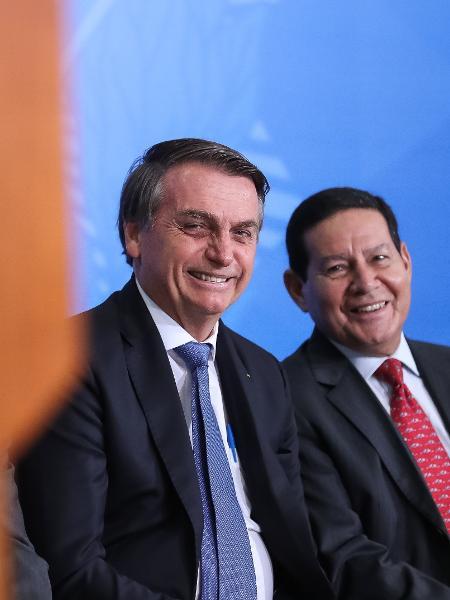 O presidente Jair Bolsonaro e seu vice, Hamilton Mourão, no lançamento do Programa Nacional das Escolas Cívico-Militares - Marcos Corrêa/Divulgação/Presidência da República