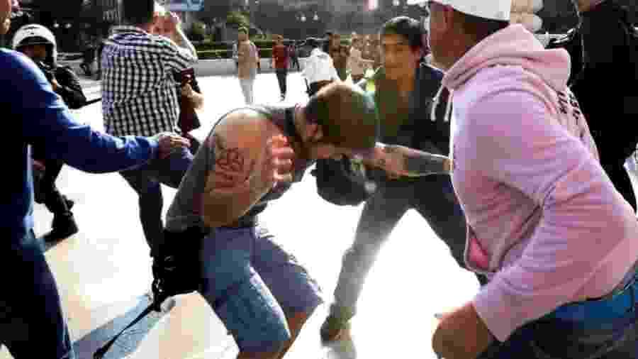 Houve confronto entre membros da comunidade LGBT e apoiadores de Zapata - Reuters