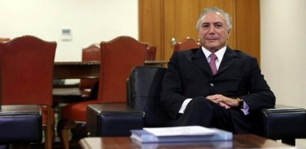 Michel Temer em seu gabinete