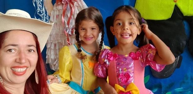 Menina Júlia, de vestido rosa, foi morta a tiros dentro da casa da avó em Goiânia