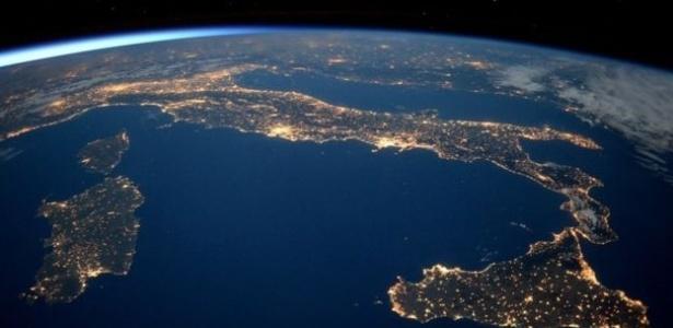 Vista aérea do planeta Terra em imagem da Agência Espacial Americana (Nasa) - NASA