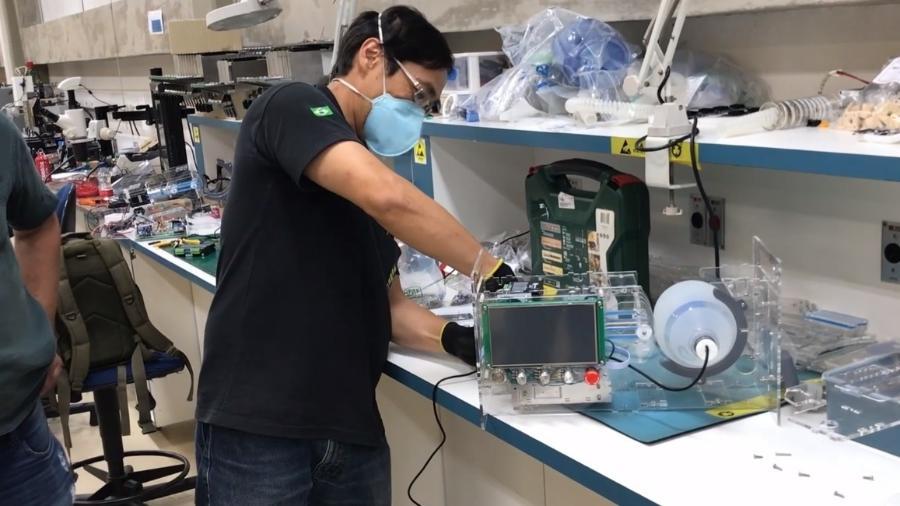 Equipe da USP demonstra ventilador pulmonar Inspire - Reprodução/YouTube Escola Politécnica USP