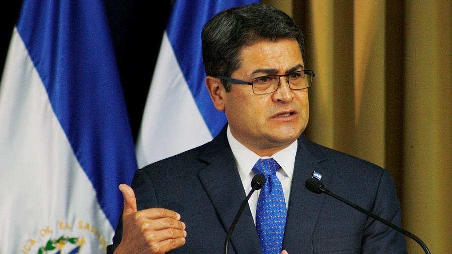 O presidente de Honduras, Juan Orlando Hernández, teria usado engajamento falso no Facebook, segundo denúncia - Alex Peña/LatinContent via Getty Images