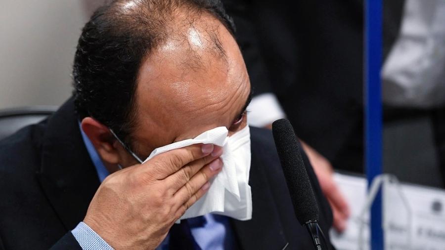 3.ago.2021 - Reverendo Amilton de Paula chora durante depoimento à CPI da Covid - Jefferson Rudy/Agência Senado
