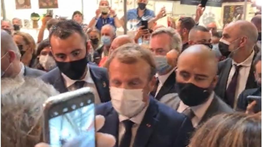 Jovem jogou ovo em Emmanuel Macron - Reprodução: Twitter