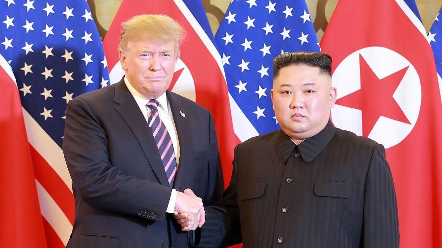 O líder norte-coreano, Kim Jong Un, e o presidente dos EUA, Donald Trump, se encontraram nesta quarta-feira (27) em Hanói, capital vietnamita  - KCNA VIA KNS/AFP