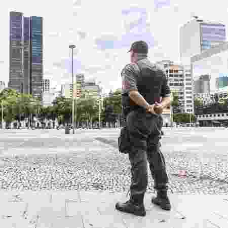 PMs patrulham ruas no Rio de Janeiro durante quarentena - Reprodução/Twitter @PMERJ