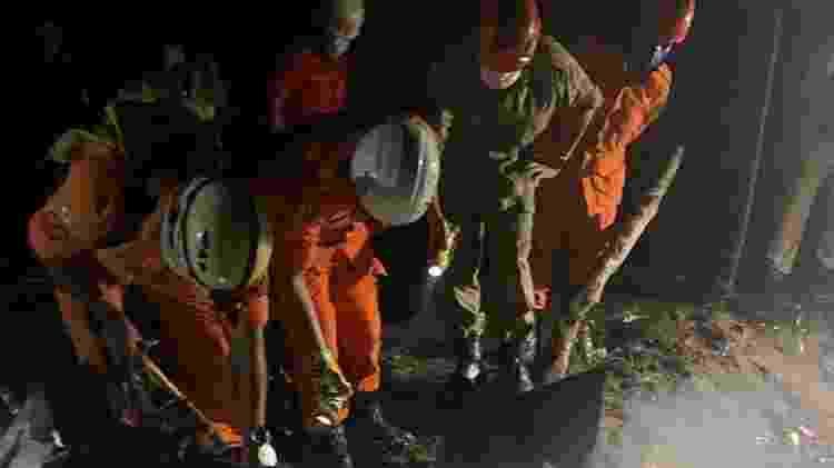 Bombeiros retomam buscas por corpos na queda do avião no Ceará - Corpo de Bombeiros de Sobral - Corpo de Bombeiros de Sobral