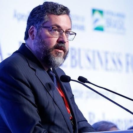 Ernesto Araújo em evento na Índia; ministro é apontado por Olavo de Carvalho como uma indicação acertada para o governo - Alan Santos/PR