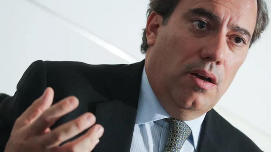 Pedro Guimarães, presidente da Caixa, defendeu o uso do aplicativo Caixa Tem e dos canais telefônicos - Foto: André Coelho/Valor