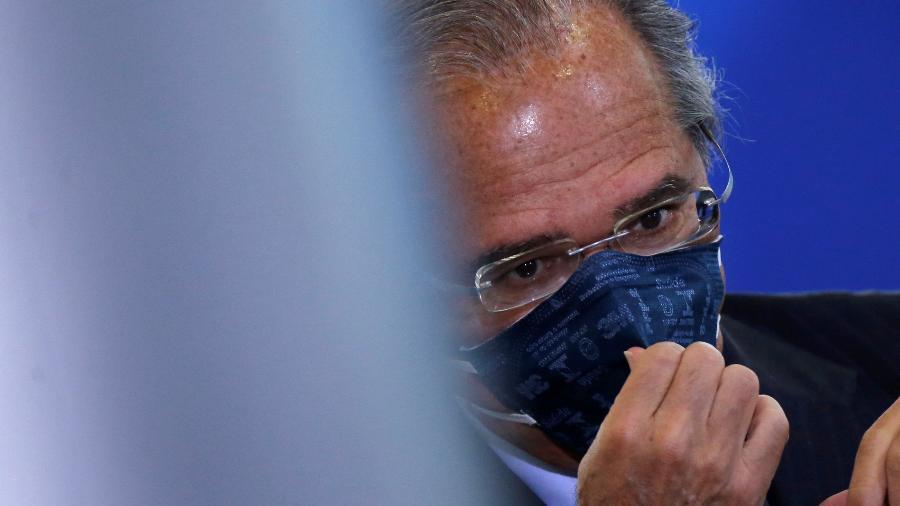 """Durante live, Paulo Guedes também pediu que setor agrícola """"não se espante"""" com a alíquota - Adriano Machado/Reuters"""
