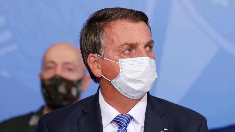 Jair Bolsonaro volta a fazer ataques a Alexandre de Moraes e Luís Roberto Barroso - Isac Nóbrega/PR