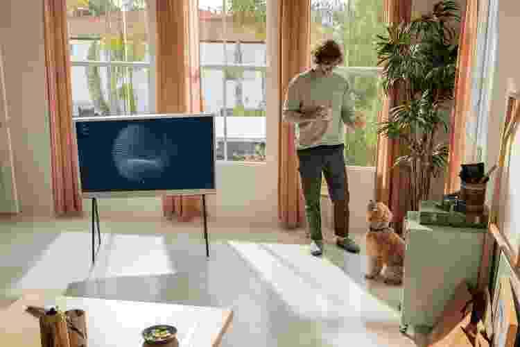 Televisão The Serif, da Samsung - Divulgação - Divulgação