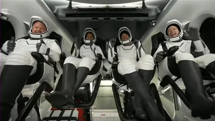 Tripulação da missão Inspiration4, da SpaceX, retornou em segurança à Terra - Reprodução