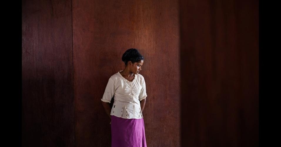 """23.fev.2016 - Dominique Green, presidente do júri para Documentário, afirmou que ficou """"comovido com a profundidade da paixão e comprometimento mostrados pelos fotógrafos por meio de seus trabalhos"""". Na categoria Retratos Profissionais, Fauzan Ijazah fez a série """"Mulheres sem País"""", analisando as vidas das mulheres da etnia rohingya, refugiadas de Mianmar vivendo na Indonésia"""