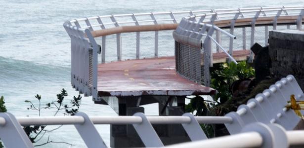 Trecho de ciclovia inaugurada em janeiro no Rio desabou, deixando ao menos 2 mortos