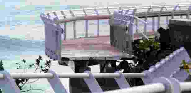 Trecho de ciclovia inaugurada em janeiro no Rio desabou, deixando ao menos 2 mortos - Ellan Lustosa/Código19/Estadão Conteúdo