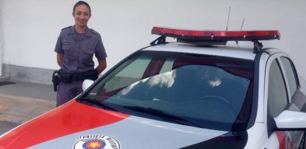 Monica de Oliveira Portela, recém-formada no curso da Polícia Militar do Estado de SP