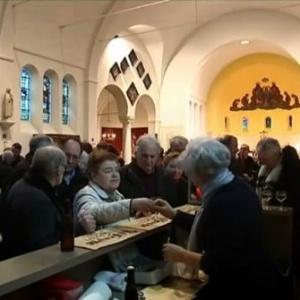 Igreja em cidade belga serve cerveja a fiéis após missas dominicais