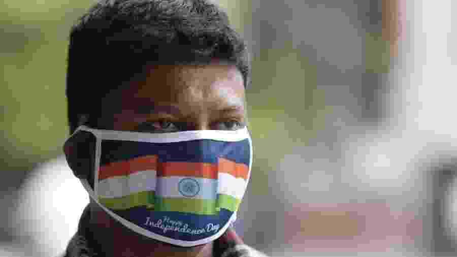 Há dois meses, especialistas já previam que a Índia se tornariao epicentro de infecção do coronavírus - Noah Seelam/AFP