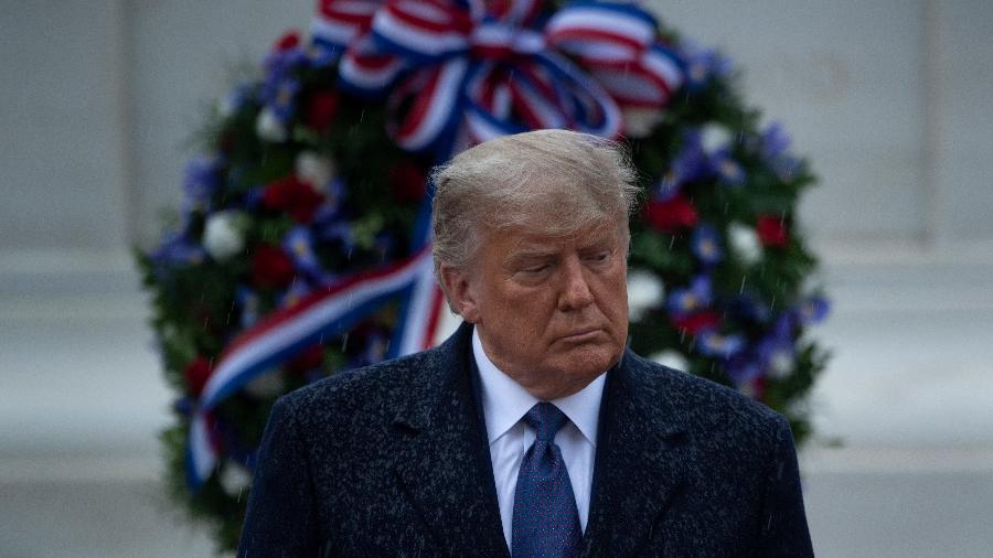 Sem apresentar provas, o presidente Donald Trump diz que as eleições americanas sofreram fraudes -  Brendan Smialowski / AFP