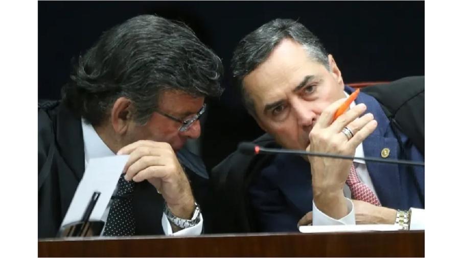 Luiz Fux, presidente do Supremo, que decidiu retirar liminar de Roberto Barroso (à dir.) do plenário virtual para um julgamento presencial, ainda que á distância - Dida Sampaio/Estadão