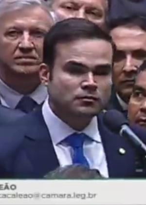 Deputado Cacá Leão (PP-BA) se absteve de votar pelo impeachment e deve sair do partido