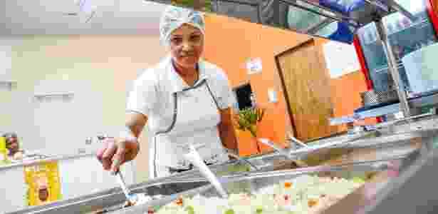 A ex-doméstica Ranael Ribeiro Nascimento, dona do restaurante Pitada Caseira - Divulgação - Divulgação