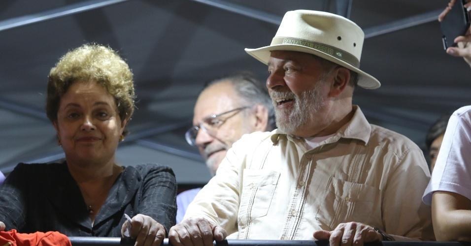 23.mar.2018 - A caravana do ex-presidente Luiz Inácio Lula da Silva passa pela cidade de São Leopoldo, na região metropolitana de Porto Alegre, no Rio Grande do Sul