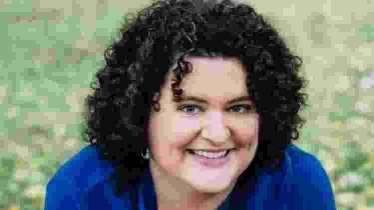 Gretchen McCulloch escreveu sobre como o mundo digital está transformando o idioma inglês - YVON HUYNH