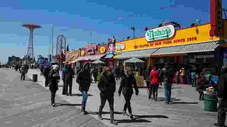 A inauguração de uma linha férrea tornou Coney Island o ponto de recreação favorito de Nova York que é hoje - Getty Images