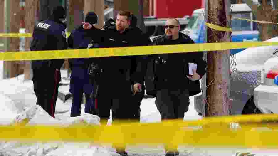 08.jan.2020 - Polícia trabalha em área perto do parlamento candadenso onde um tiroteio hoje deixou um morto e 3 feridos em Ottawa - Patrick Doyle/Reuters