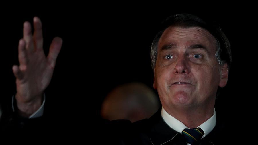 22.mai.2020 - Aos gritos e palavrões, o presidente Jair Bolsonaro (sem partido) concede entrevista em frente ao Palácio da Alvorada - Gabriela Biló/Estadão Conteúdo