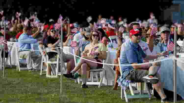 Convidados acompanham o evento 'Salute to America', na Casa Branca - REUTERS/Carlos Barria - REUTERS/Carlos Barria