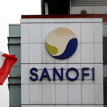 """O laboratório francês Sanofi informou que os resultados intermediários mostram que a da vacina """"induz a produção de anticorpos"""" - CHARLES PLATIAU"""