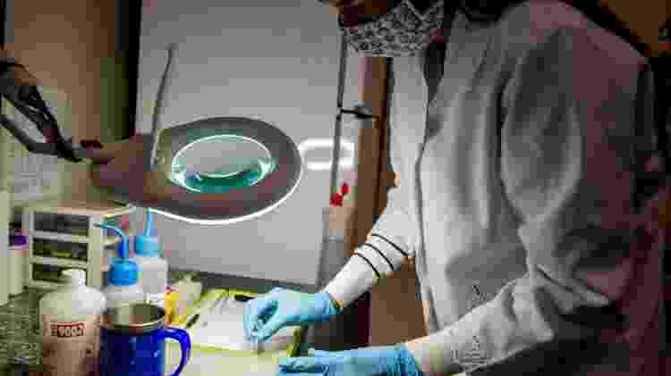 Laboratório de análise de álcool gel da UFPR - Marcos Solivan/Sucom-UFPR - Marcos Solivan/Sucom-UFPR