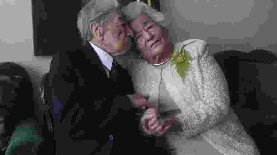 Julio Mora e Waldramina Quinteros, que eram o casal mais velho do mundo - Reprodução